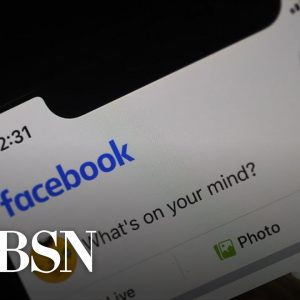 Facebook bans developer for creating news feed deleting extension